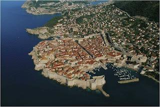 Cidade com muralhas de Dubrovnik, Croacia