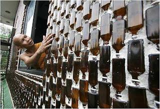 paredes feitas com garrafa