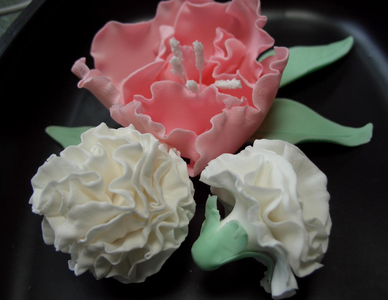 Design Bake Gum Paste Flowers