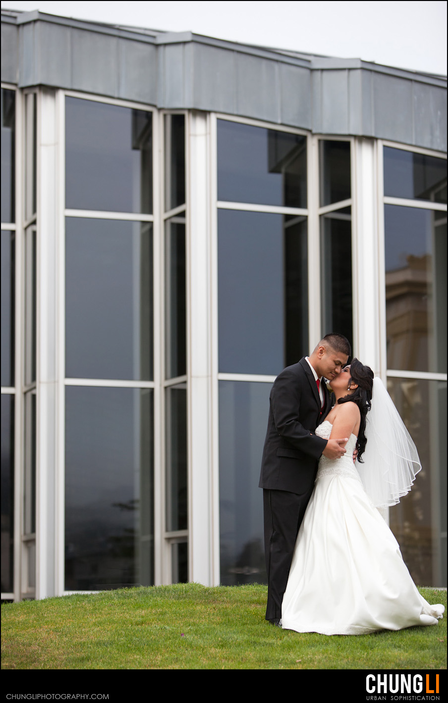 san francisco wedding photographer st Ignatius church