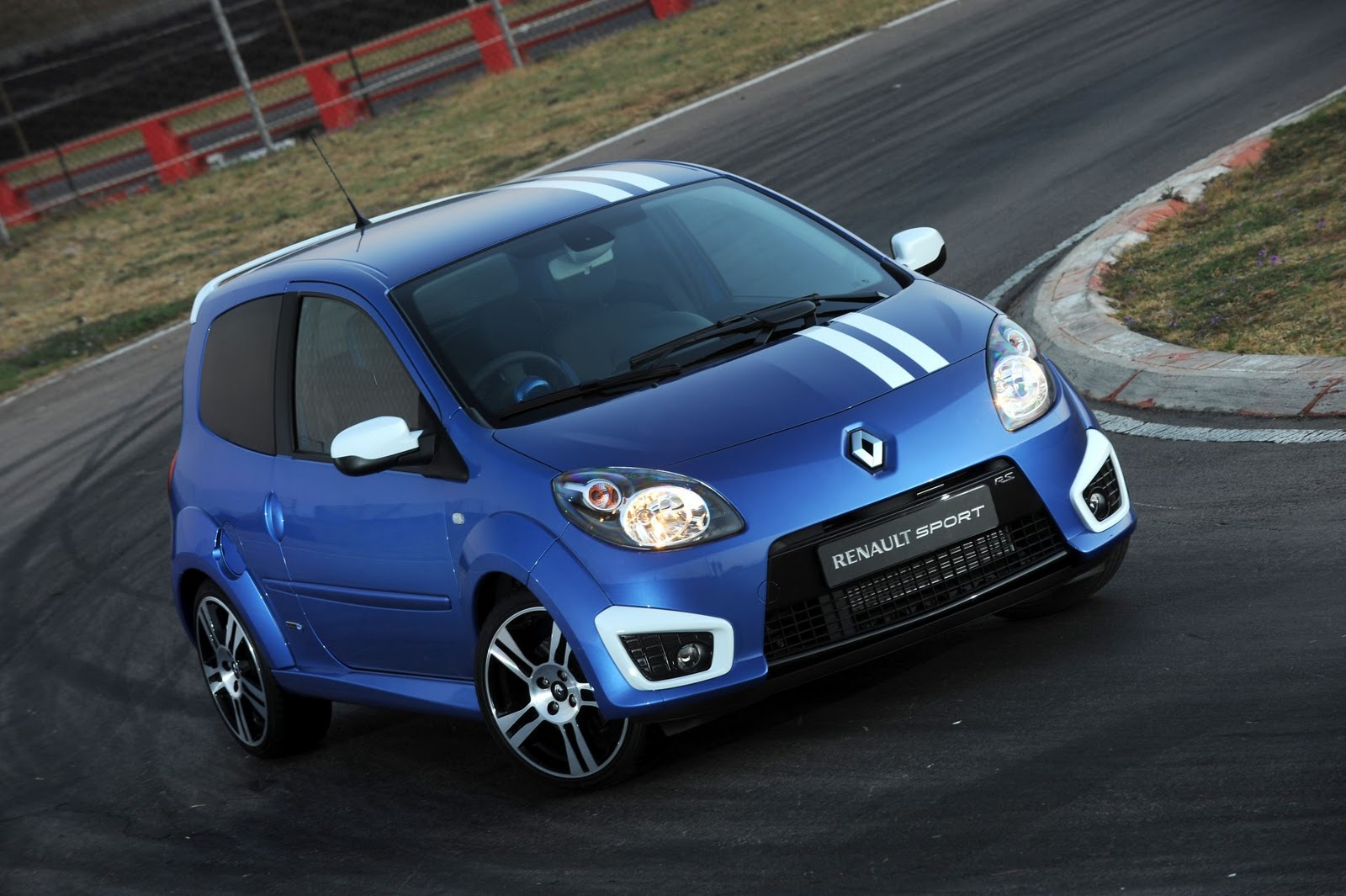 in4ride renault twingo gordini rs is here. Black Bedroom Furniture Sets. Home Design Ideas