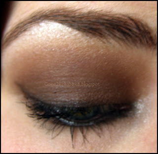 a chocolate brown smokey eyes with a bit of sparkle