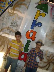 Meu primo e amigo Rodrigo e eu num arraiá junino