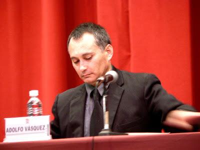 http://1.bp.blogspot.com/_MTMW0wRxmLE/Sf3ZpYMwNFI/AAAAAAAAAjQ/Vib57NS-gIs/s400/Adolfo+Vasquez+Rocca+Conferencia+5+.JPG