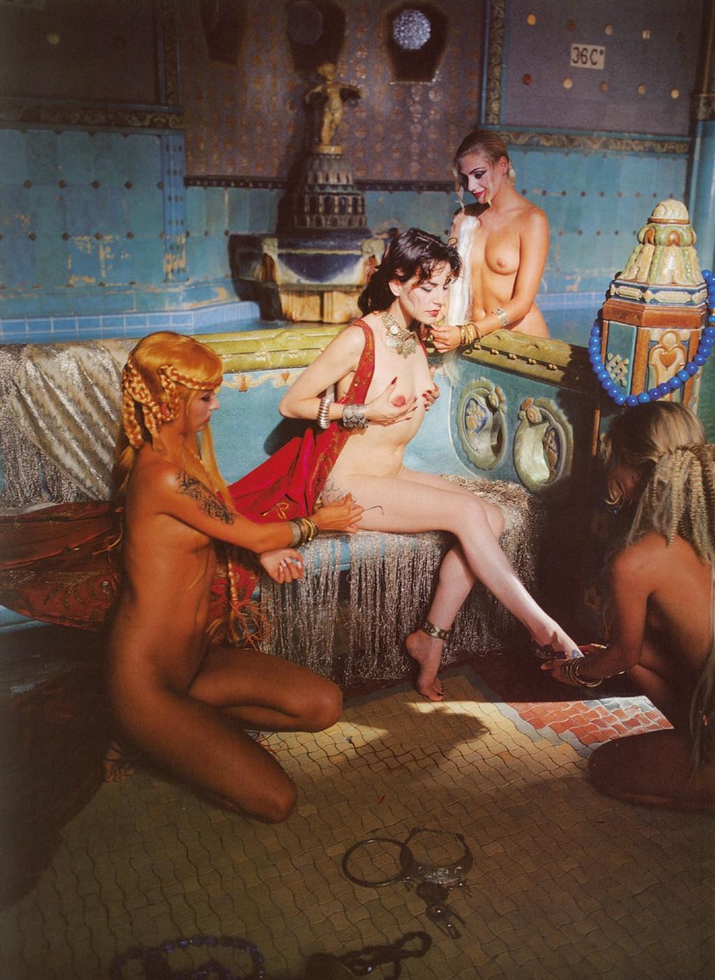 http://1.bp.blogspot.com/_MTV5oljYDug/TH16yvp7OMI/AAAAAAAABTA/3nkW8kV_6YM/s1600/Lio+Playboy12.jpg
