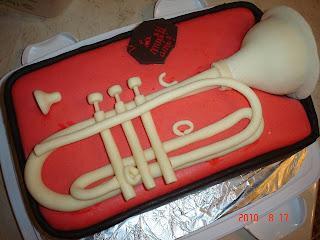 Articole culinare : tort cu trompeta