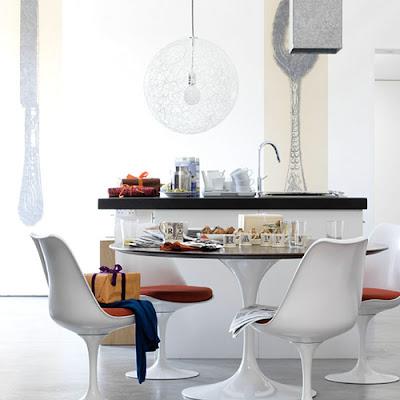 Simply Brookes Saarinen Tulip Table