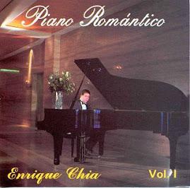 Enrique Chia y su Piano