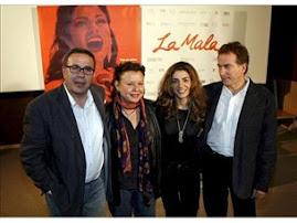"Malena Burke rinde Homenaje a : "" La Lupe "" en : La Mala .."