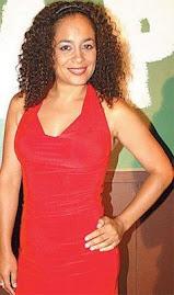 La Actriz Peruana Ebelin Ortiz Saca un Disco con Valses y Boleros
