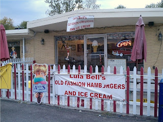 Front of Lula Bell's Old Fashioned Hamburgers and Ice Cream
