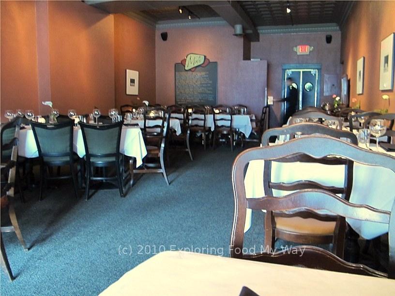 Moe S Dining Room