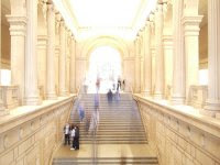Grand Stairs - pic by TS.C from flickr