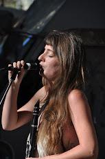 Lola Lesne, chanteuse, Le hot club de Tordères