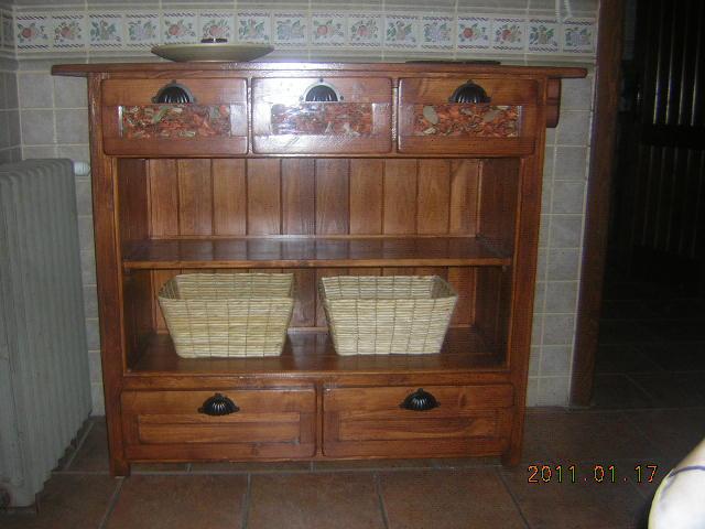 madera estilo rustico: MUEBLE RUSTICO COCINA