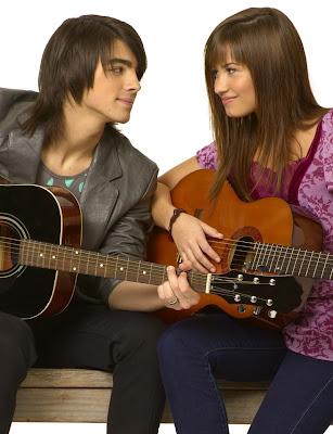 Las Navidades de Demi Lovato con Jonas