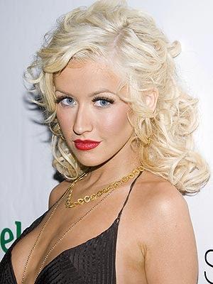 fotos: Christina Aguilera desnuda pezones adornados