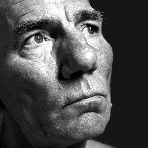Pete Postlethwaite biografía y vida muere