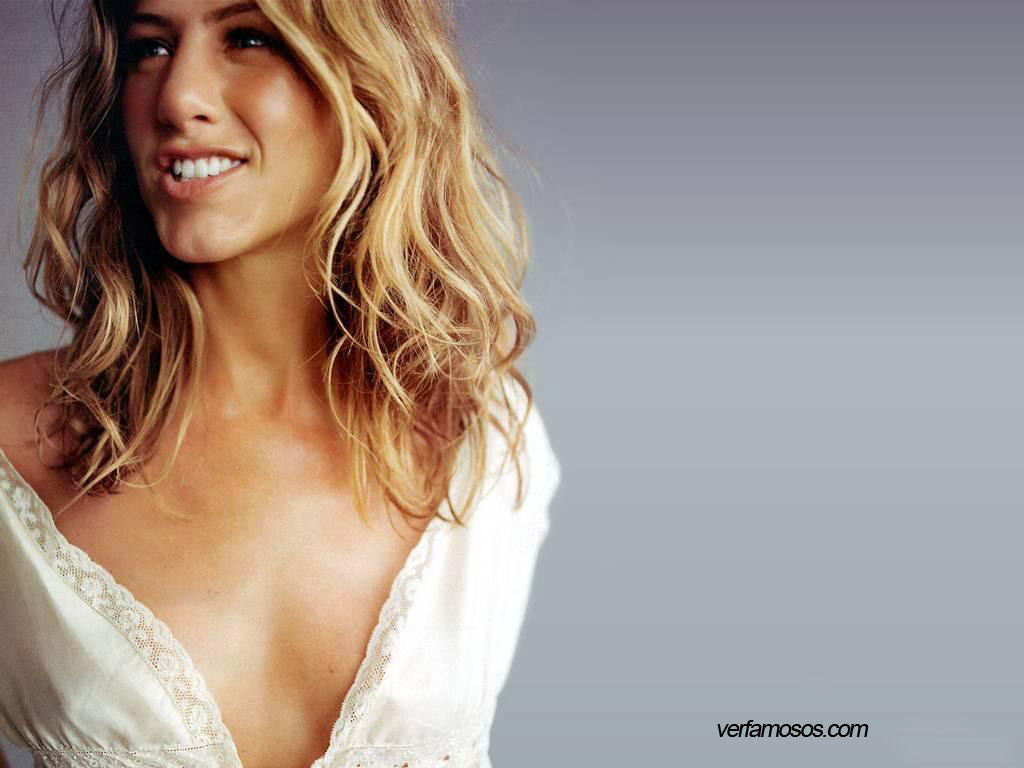 http://1.bp.blogspot.com/_MbAypyQ0Mxw/TU_E8zcbEtI/AAAAAAAACqQ/IM9gv9Xawvk/s1600/Jennifer-Aniston-perfume.jpg