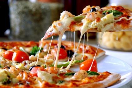 http://1.bp.blogspot.com/_Mb_nfSzS0NM/TMrhqjiUVaI/AAAAAAAAALs/tmnl4XJDcX4/s1600/Italian-pizza.jpg