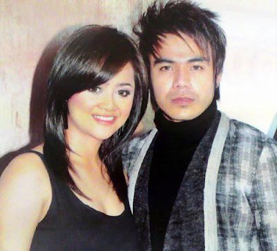 Oak Sokunkanha & Chorn Sovanreach Khmer Singer