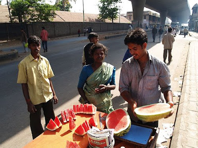 essay on roadside vendors With summer at its peak forcing people to largely depend on beverages sold at shops and by roadside vendors to remain rehydrated, food safety department has issued an advisory on precautions to be tak.