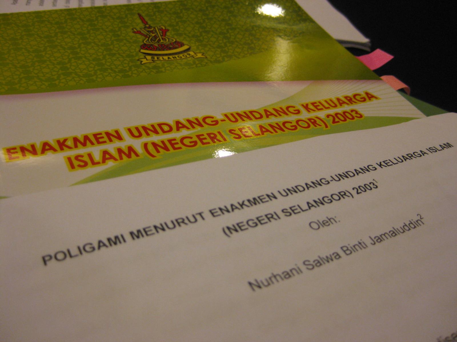 Bila Peguam Menulis Diari Poligami Lebih Mudah Resolusi Muzakarah Pindaan Enakmen Undang Undang Keluarga Islam Negeri Selangor 2003