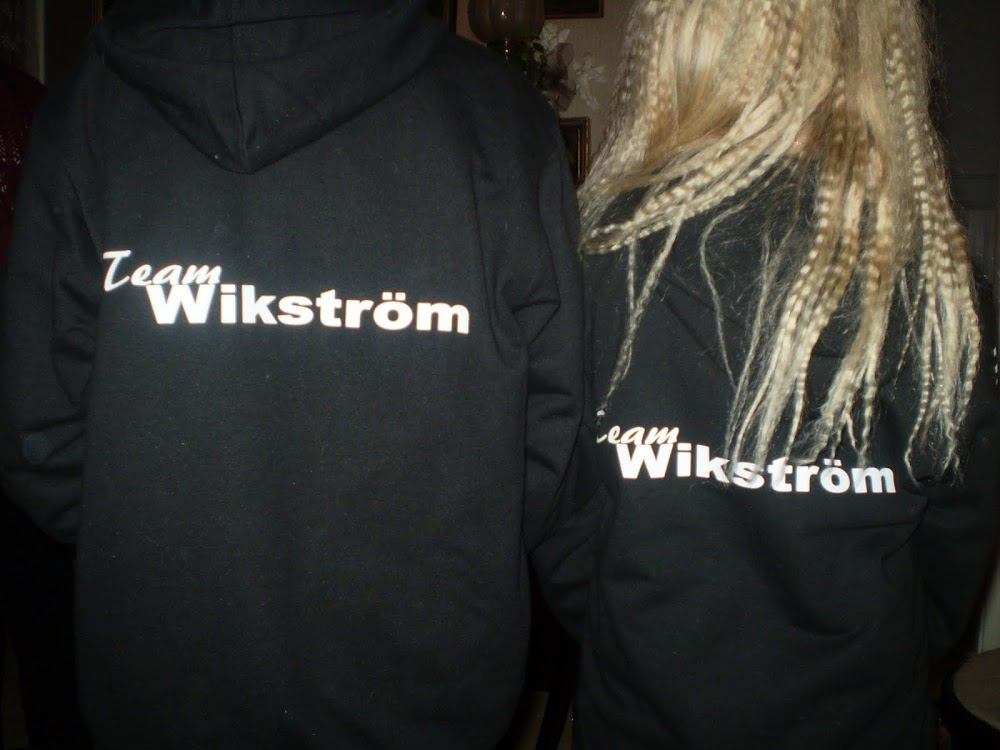 simon och linn klär i svart ;)