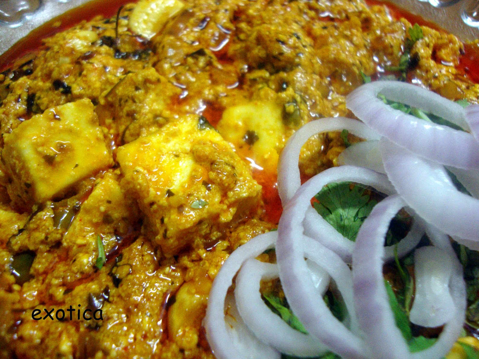 Make this delicious paneer korma and add taste to your life....