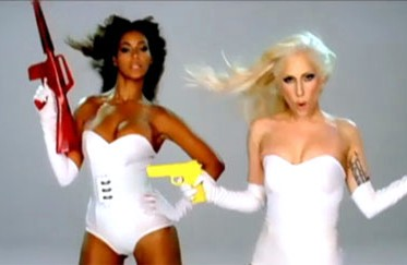 +++++Lady+Gaga+in+Beyonce+video+phone+vi