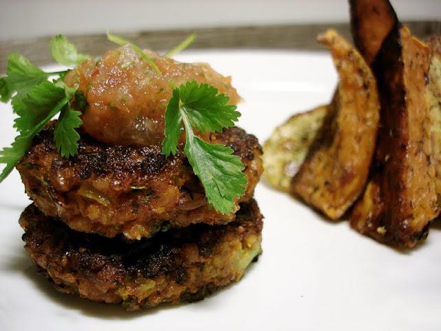 Oppskrift Bulgur Bulgurkaker Vegetarburger Vegan Hjemmelaget Tomatsalsa Burger