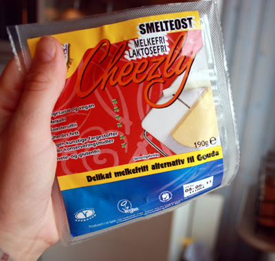 Oppskrift Pastarett Aubergine Rosenkål Soltørket Tomat Erter Cheezly Vegan Ost