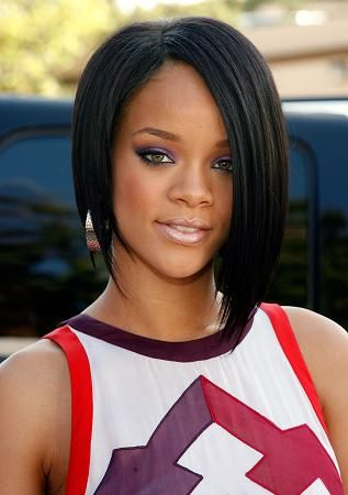 rihanna hairstyles pictures. Star rihanna hairstyle with a
