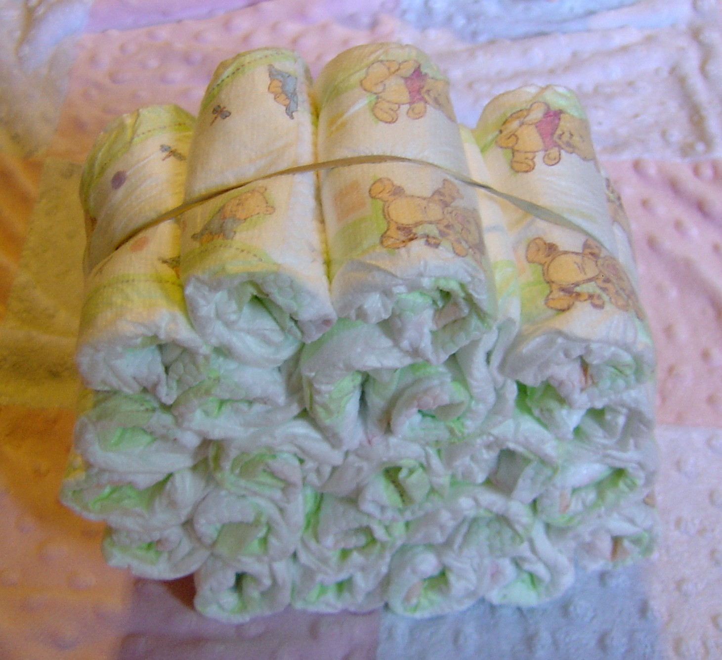 Step3 For The Cakes Bottom Layer Take 20 Of The Diapers And Roll | Dog ...