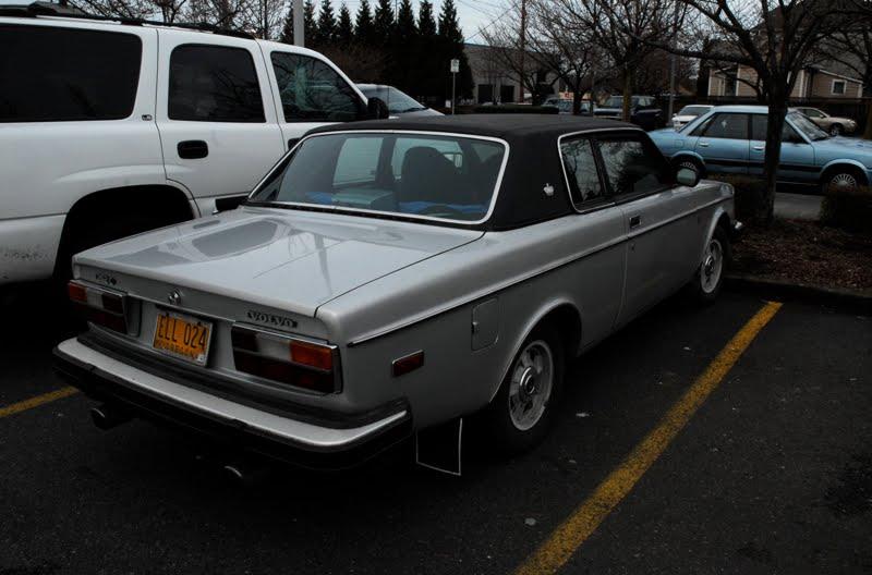 [1978+Volvo+262C+Bertone+Coupe+5.jpg]