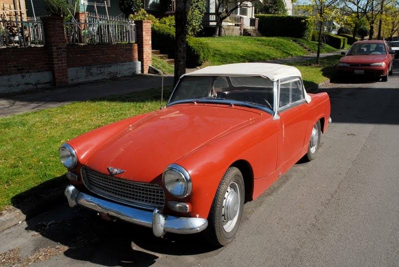 OLD PARKED CARS 1963 AustinHealey Sprite