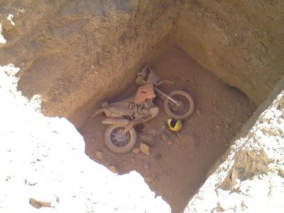 kuburan motor
