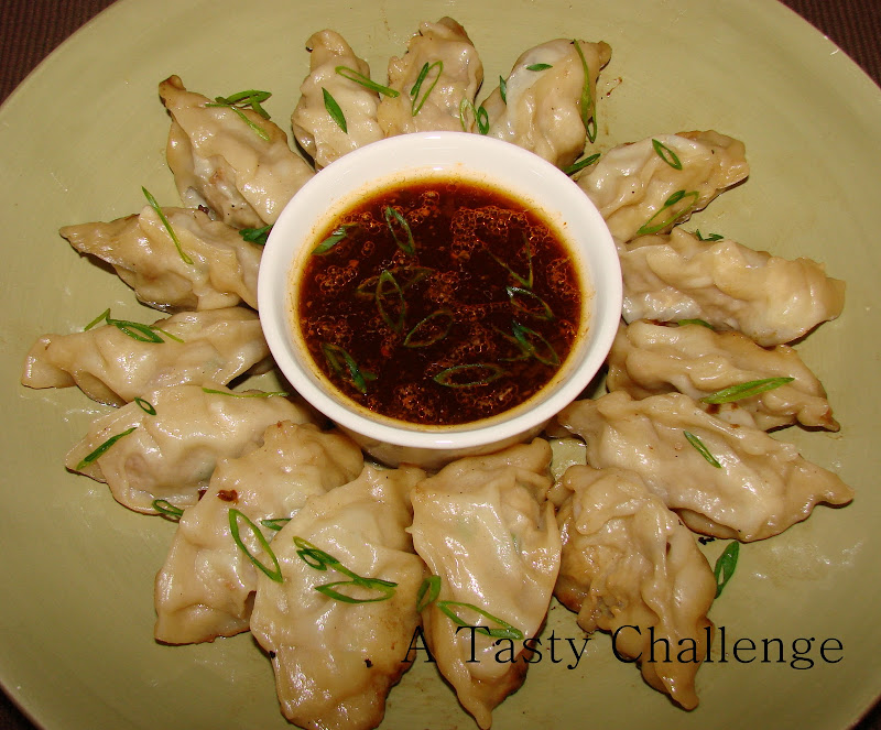 Pork Dumplings with Dipping Sauce