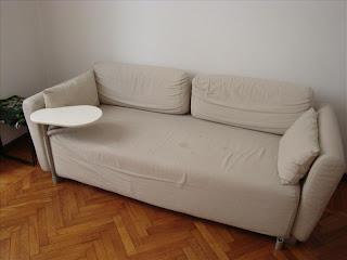 MOBILI ARREDAMENTO USATO VENDO MILANO: DIVANO TRE POSTI - divano letto singolo