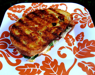 ... Grilled Cheese Sandwich with Sundried Tomato, Basil Pesto, & Arugula