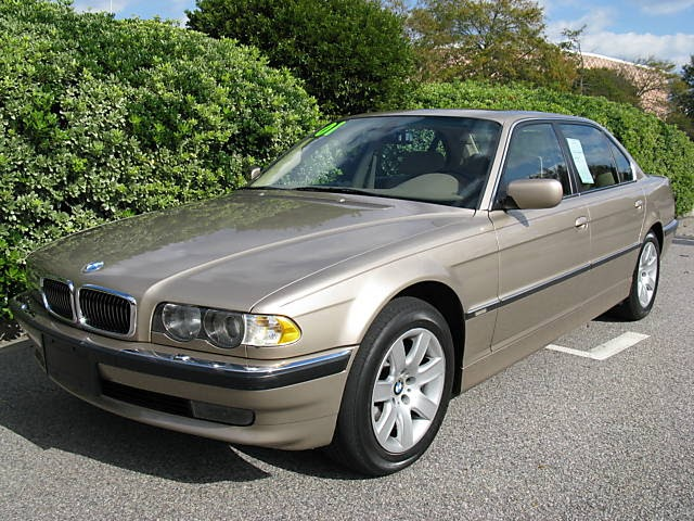 Bmw Gallery 2001 Bmw Gold 740il