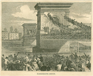 Hammersmith bridge boat race