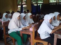 Santri madrasah kelas VI lulus 100%