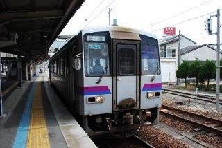 府中から三次まではディーゼル列車
