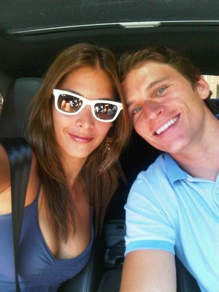 Dayana Mendoza con su novio en Dallas