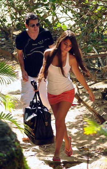 lionel messi girlfriend bikini. lionel messi girlfriend 2010.