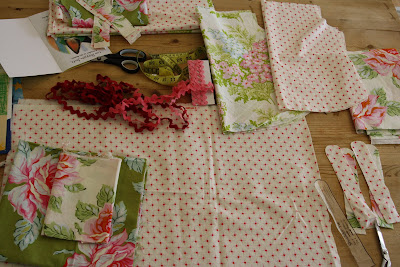 Summer Sewing ~ Child's Tent | Sew Mama Sew