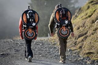 bicicletta portatile da montagna agile e leggera.