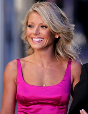 Eve's Apples Lingerie Blog: Eve of the Month: Kelly Ripa