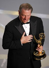 gore and his award.